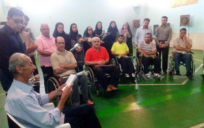دیداراعضاءانجمن صنفی روزنامهنگاران استان اصفهان با جانبازان هشت سال دفاع مقدس در آسایشگاه شهید مطهری
